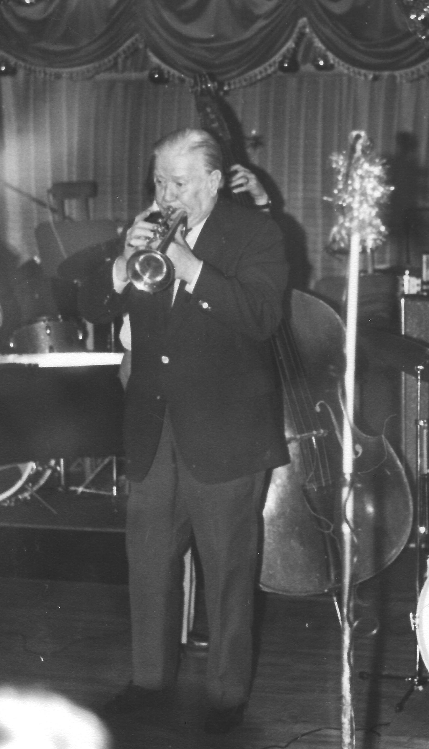Wild Bill Davison, Titos Club. Cardiff, 5th December 1977