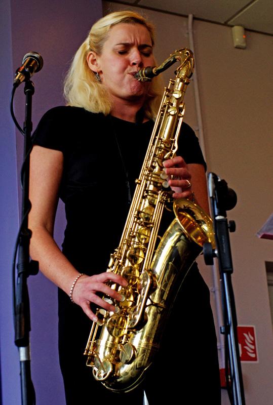 Jo Fooks  Hawth Crawley 2012